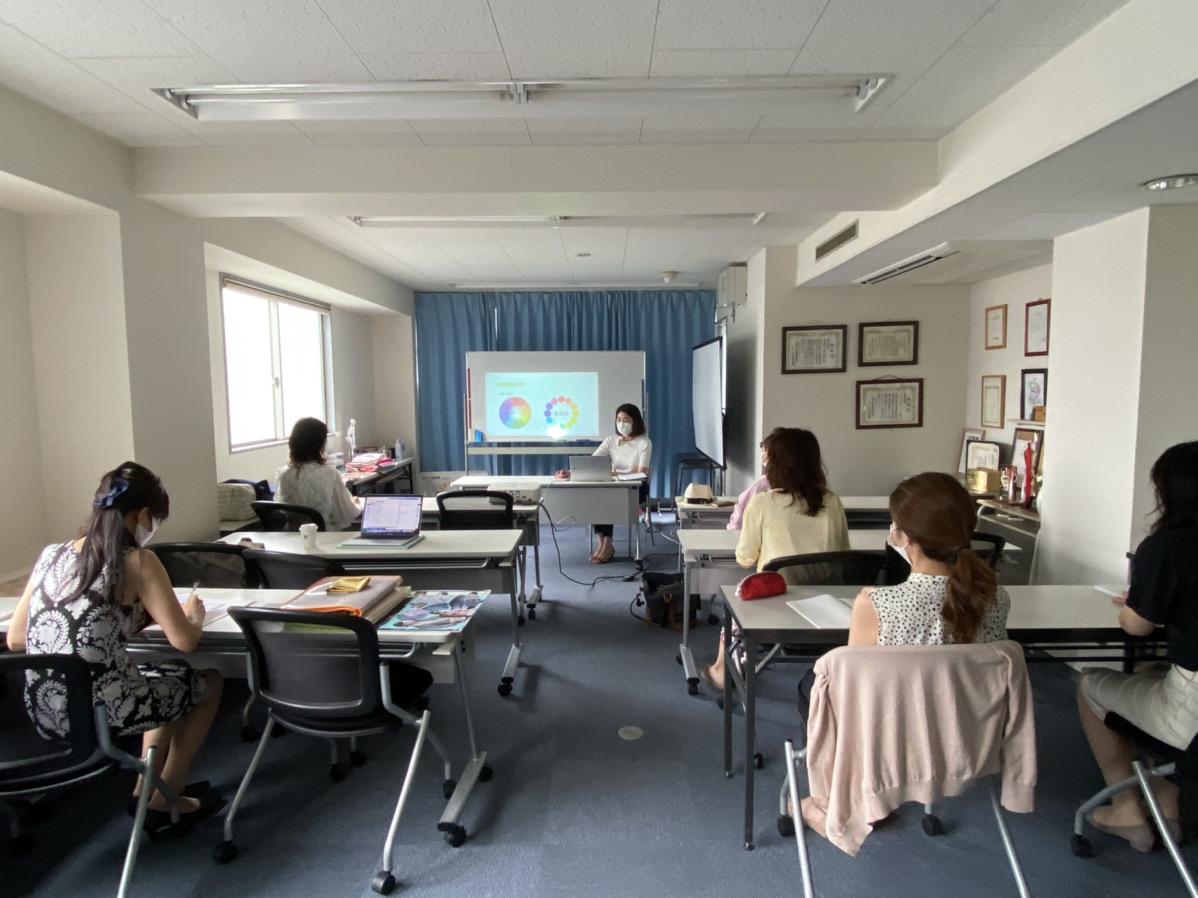 【開催報告】パーソナルカラーアドバイザー養成講座 最終回